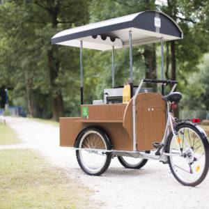 Prodaja opreme za premično kavarno oz palačinkarno